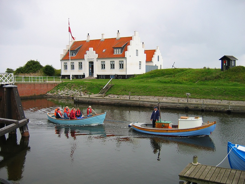 Limfjord Museum aan het Frederik VII-kanaal © copyright dutchmarco