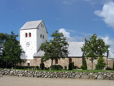 Kerk in Hvidbjerg © copyright dutchmarco
