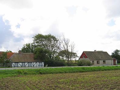 Woonhuizen in Hvidbjerg © copyright dutchmarco