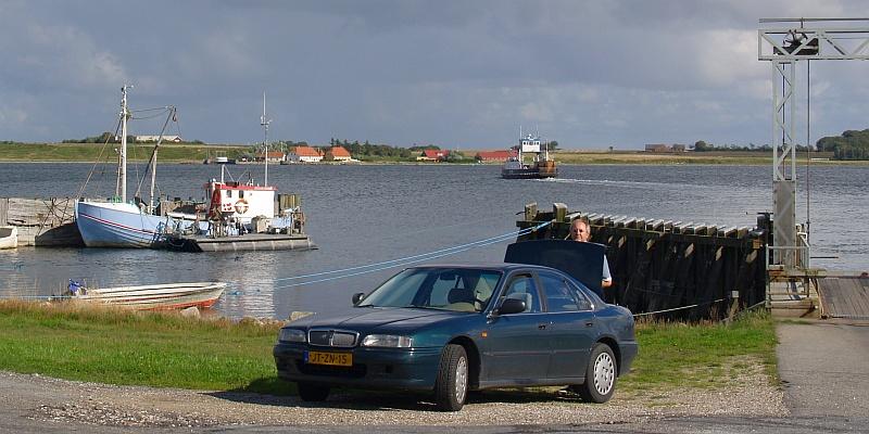 Wij zijn aan de overkant van het water © copyright dutchmarco