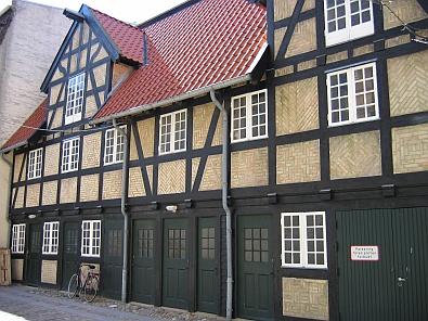 Vakwerkbouw in het centrum van Aalborg © copyright dutchmarco