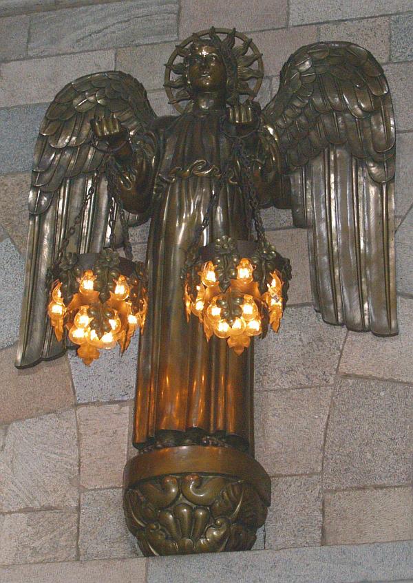 In de domkerk van Viborg - prachtige lamp © copyright dutchmarco