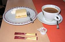 Aan de koffie met gebak © copyright dutchmarco