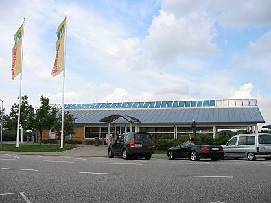 Monarch wegrestaurant © copyright dutchmarco