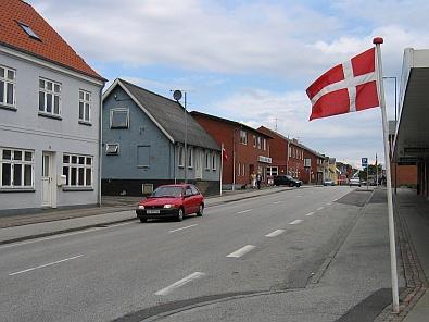 De hoofdstraat in Farsø © copyright dutchmarco