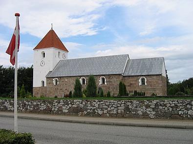 Middeleeuwse kerk in Farsø © copyright dutchmarco