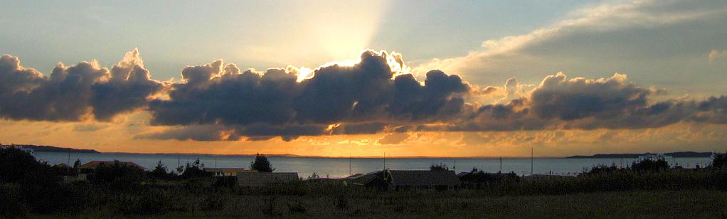 header dag 4 - zonsondergang boven de limfjord © copyright dutchmarco