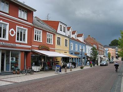 Hoofdstraat in Aars © copyright dutchmarco