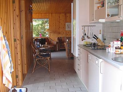 Via de keuken naar de woonkamer © copyright dutchmarco