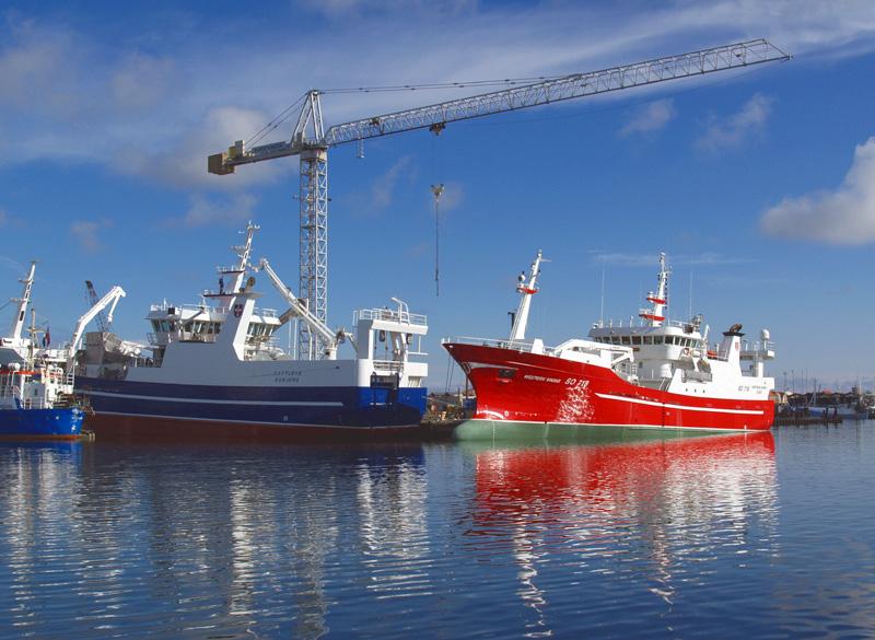 Grote visserschepen in de haven van Skagen © copyright dutchmarco