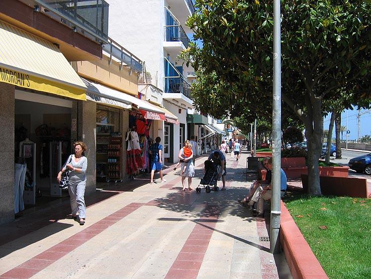 Boulevard in Malgrat de Mar © copyright Dutchmarco