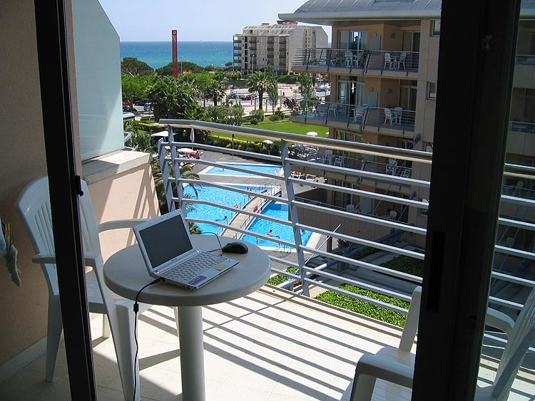 Aqua Hotel Onabrava: balkon © copyright Dutchmarco