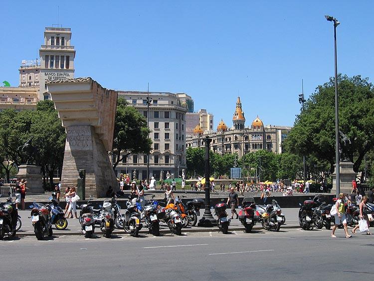 Plaça de Catalunya © copyright Dutchmarco