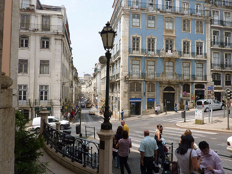Lissabon kent veel hellende straten © copyright Dutchmarco