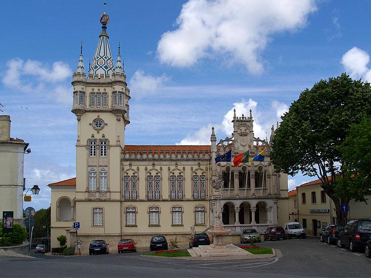 Het gemeentehuis van Sintra © copyright Dutchmarco