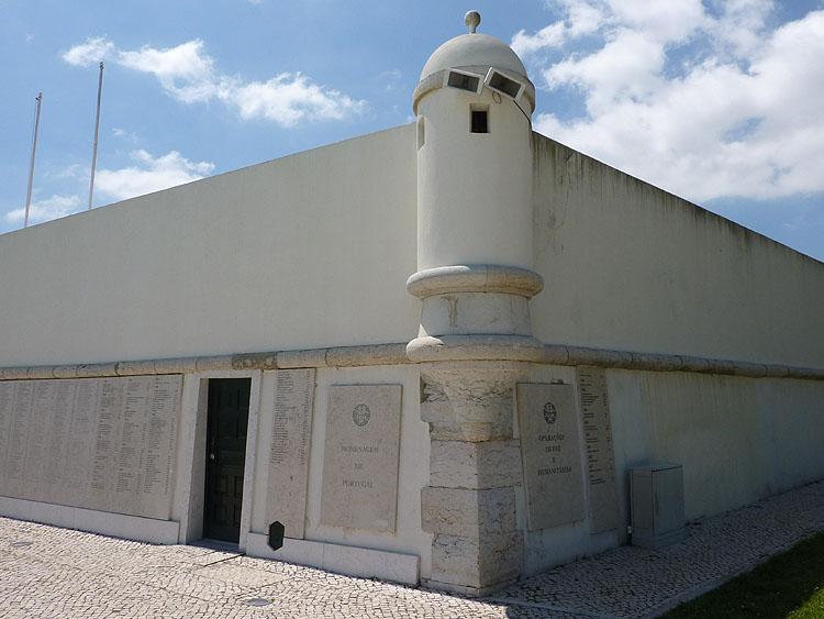 Een andere hoek van het Forte do Bom Sucesso © copyright Dutchmarco