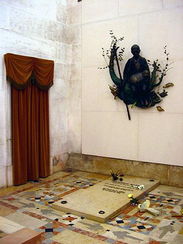 Het graf van Francisco Marto © copyright Dutchmarco